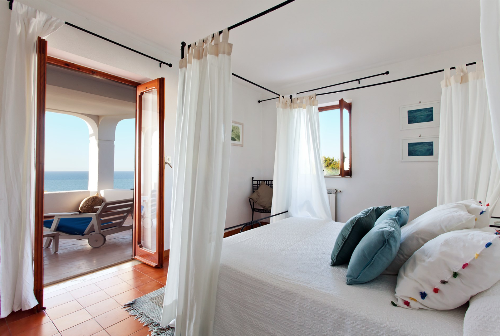 each bedroom has an en-suite bathroom and access to the balcony with sea view